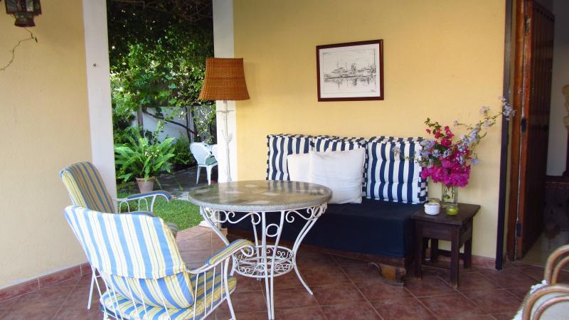 CHALET JUNTO A LA PLAYA Y AL CENTRO, holiday rental in Sanlucar de Barrameda