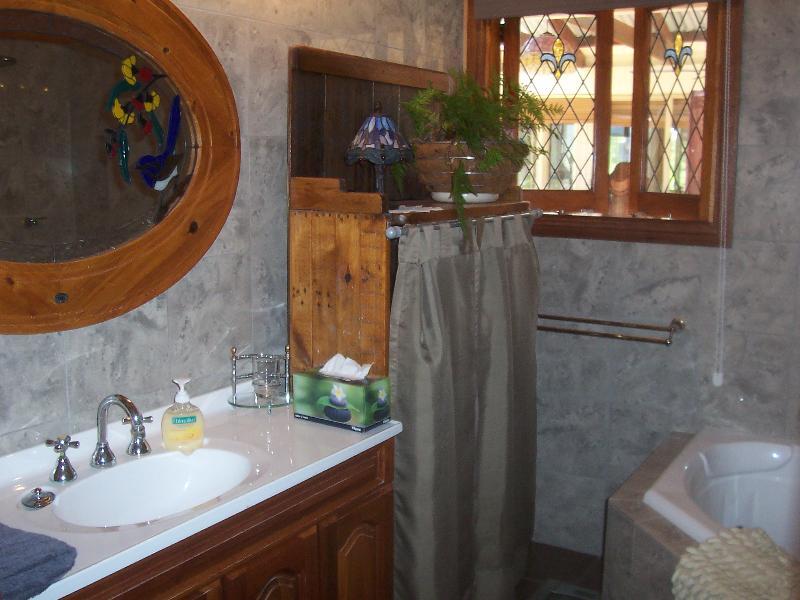 en-suite spa bathroom
