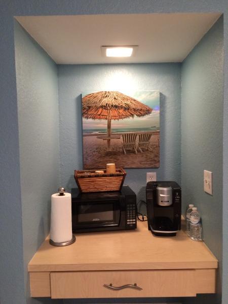cafetière, café gratuit, micro-ondes