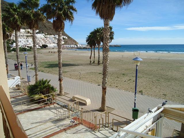 Apartamento en primera linea de playa-jc.wifi, location de vacances à San Jose