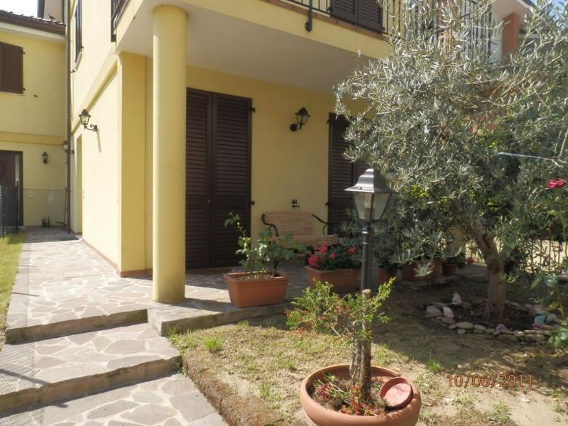 Villa En jardín de entrada
