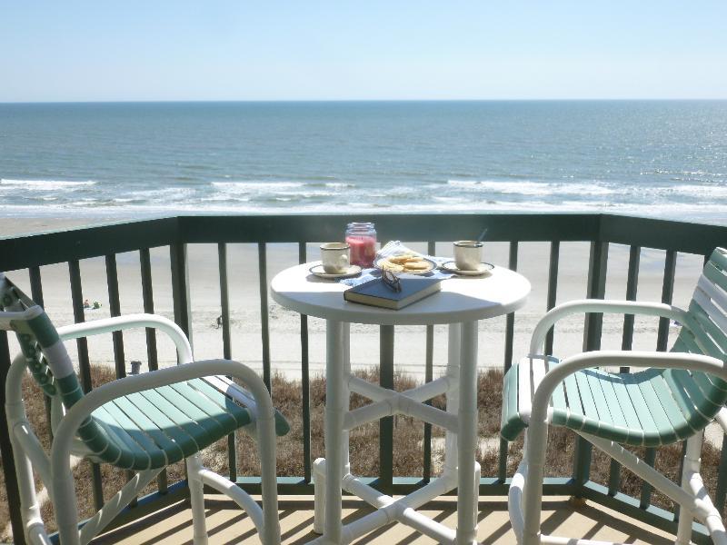 private 6th floor balcony over ocean
