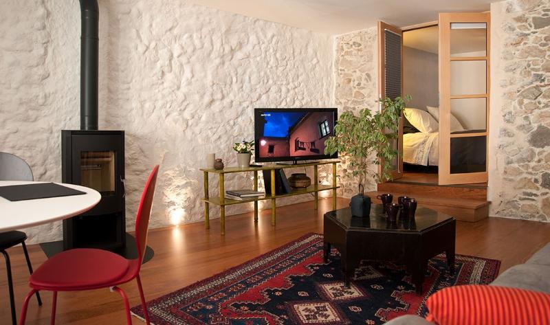 Les Rêveries: 1 des 3 appartements du fil du Thiou, aluguéis de temporada em Haute-Savoie