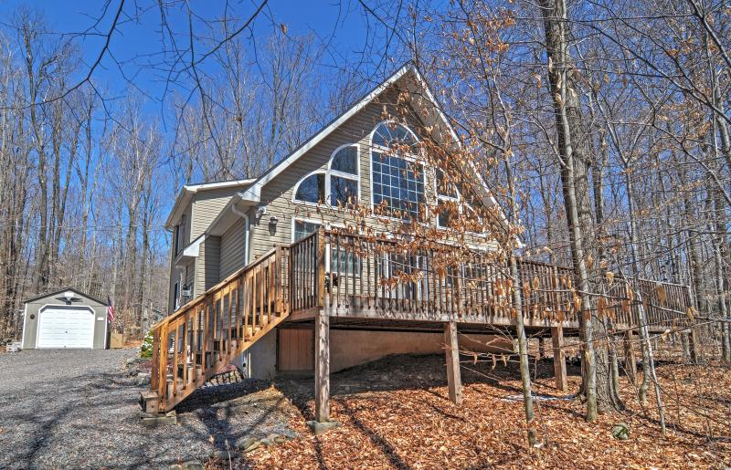 Tem o refúgio Pensilvânia final neste casa de férias Pocono Lake!
