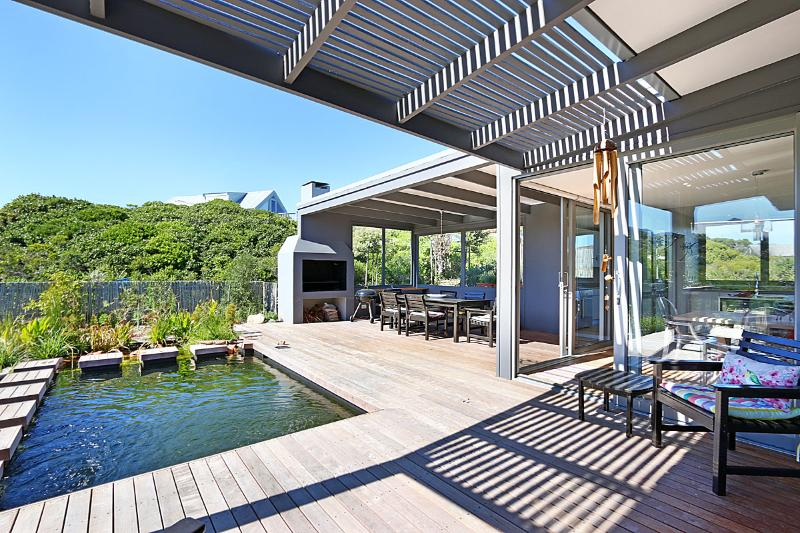 Brand New Home in Secure Complex Close To Beach - Klein Slangkop, holiday rental in Kommetjie