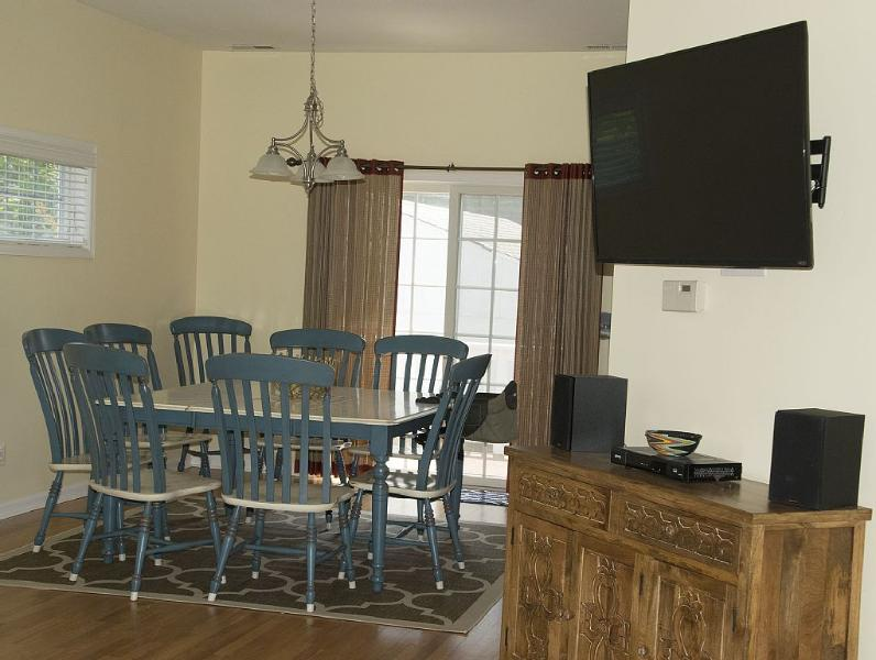 Dinning room, new television