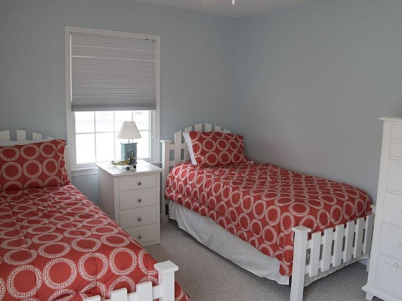 Bedroom with twin beds, on second floor