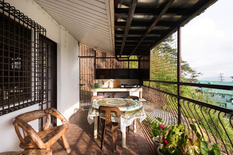 Lanis Place 1 Bedroom with Kitchen – Sleeps 2 to 4, alquiler vacacional en Benguet Province