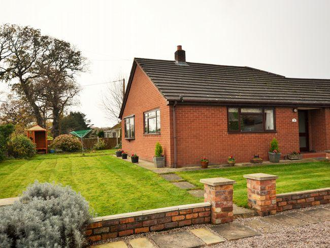 Lovely detached property on a working farm with outdoor space