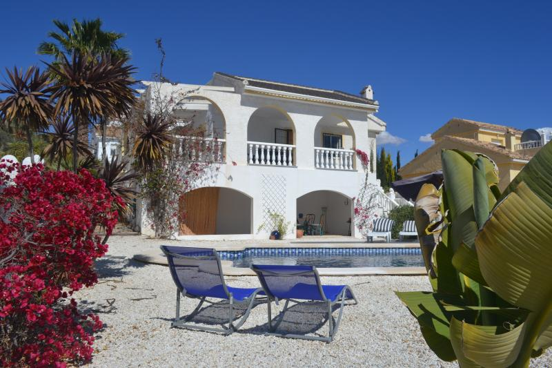 Casa Lealtad, Large Private Pool, Mountain Views, Close to Golf, vacation rental in Mazarron