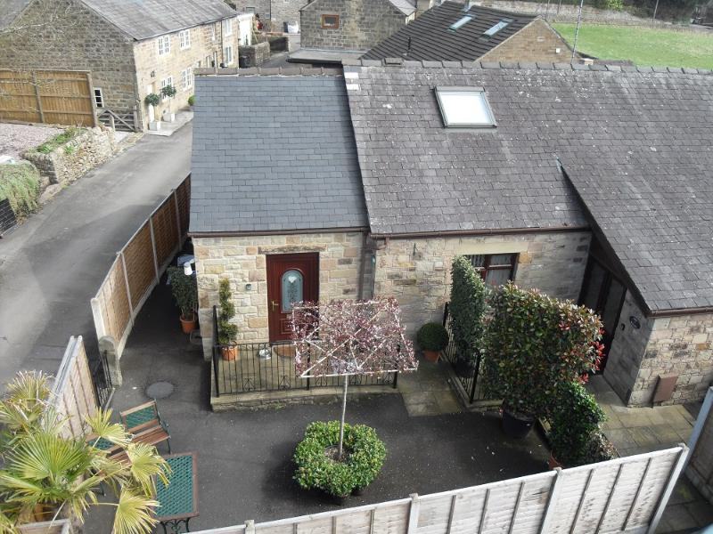 LITTLE HAVEN - SLEEPS 2 - From £290 - £475 per week, casa vacanza a Darley Dale