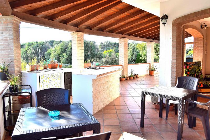 Mi casa es tu casa Villa-Appartamento, vacation rental in Portoscuso
