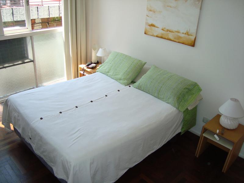 APART. AVENIDA DE MAYO - WI-FI, holiday rental in Veinticinco de Mayo