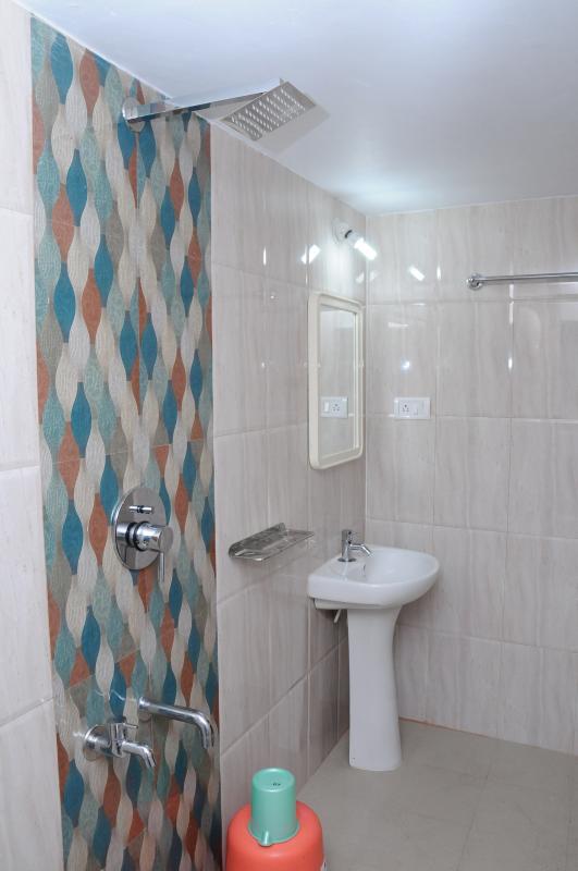 Bath room typical2