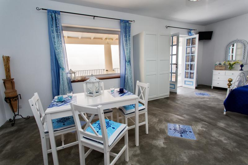 Villa Serena Lipari, holiday rental in Aeolian Islands