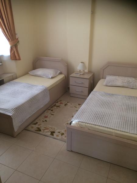 1 de 2 habitaciones dobles con aire acondicionado