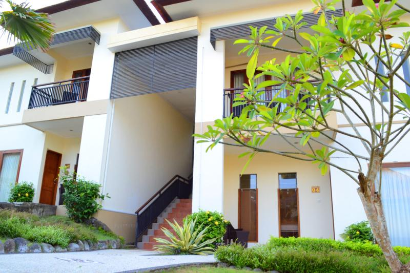 Medewi Bay Retreat - Soka Studio Deluxe Room - 13, holiday rental in Jembrana