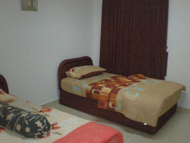 Jim's & Sean's Condominium, holiday rental in Kota Bharu