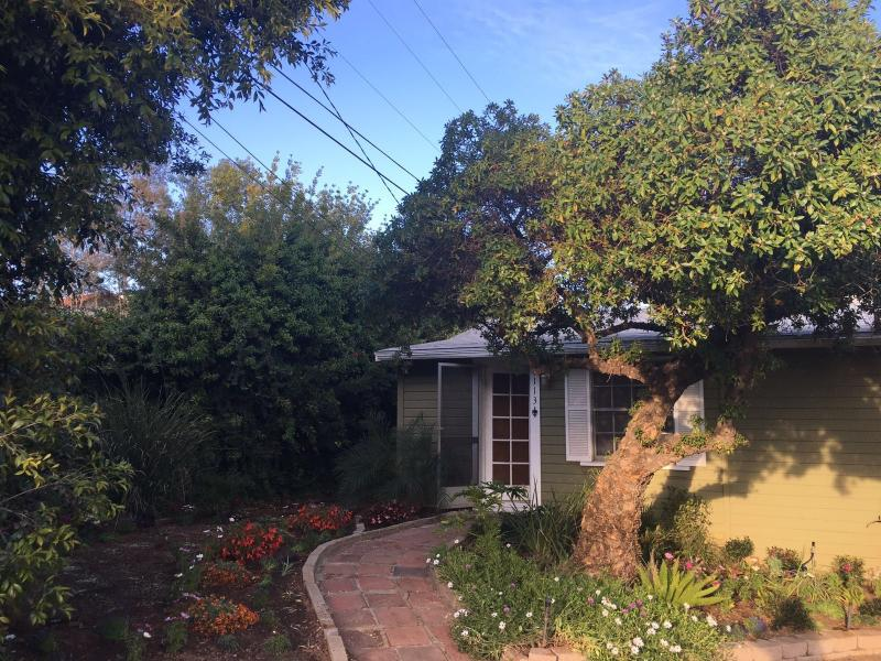 Anything Grows Garden Homestay, holiday rental in La Mesa