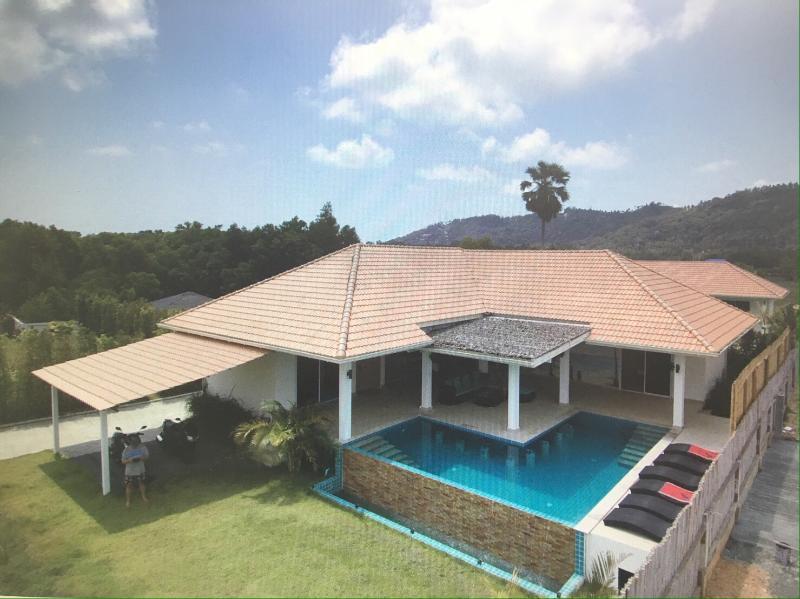 Villa Hua Thanon Koh Samui Thailande, casa vacanza a Suphan Buri Province