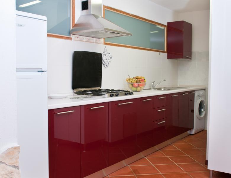 cucina, attrezzata di tutto + lavatrice