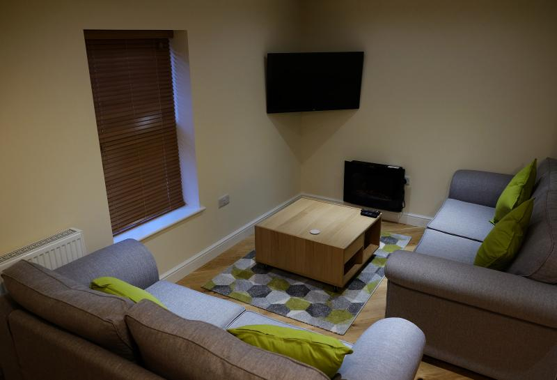 The Cwtch Apartment, Rhayader, casa vacanza a Llanwrthwl
