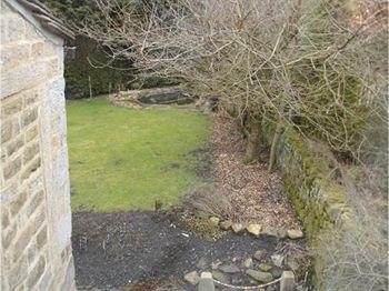 Bedroom onto the garden