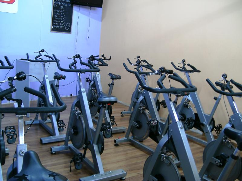 The gym is 50m from the front door. Personal trainer (English) available.