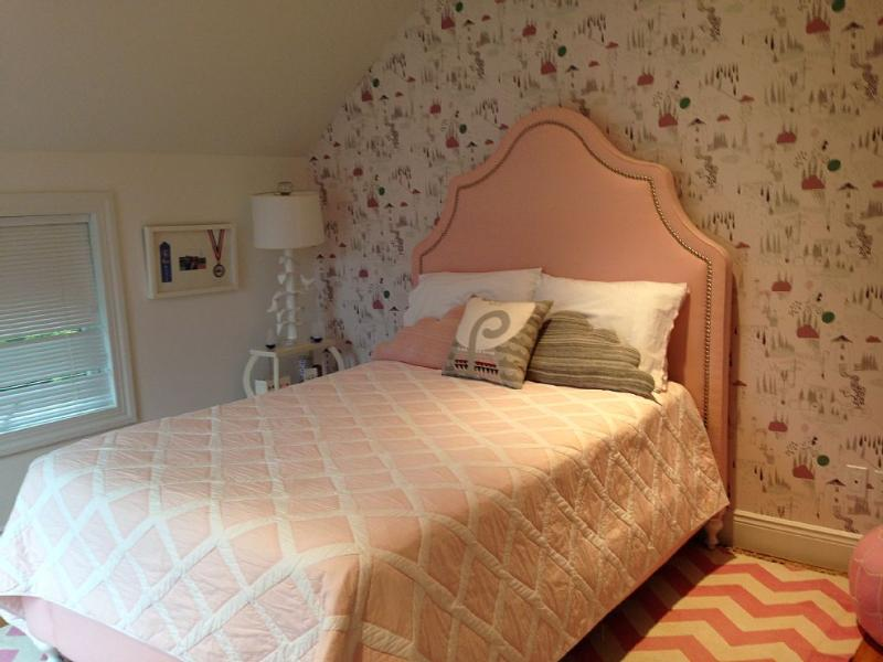 3rd Bedroom Full bed, ensuite bath, pink colored (perfect for a girl)