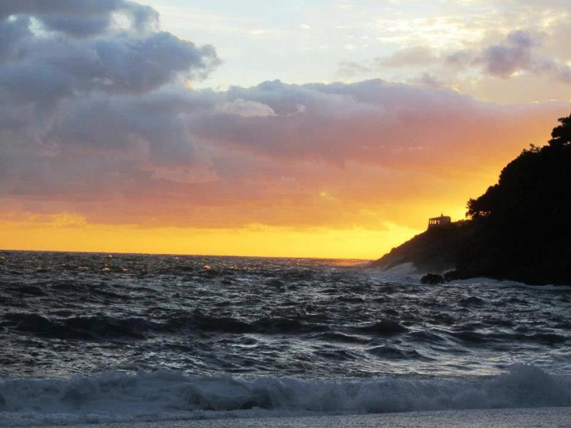 .Beach Bonassola