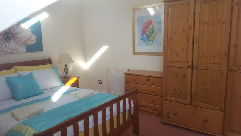 Bedroom 3 Double bed 2 single beds