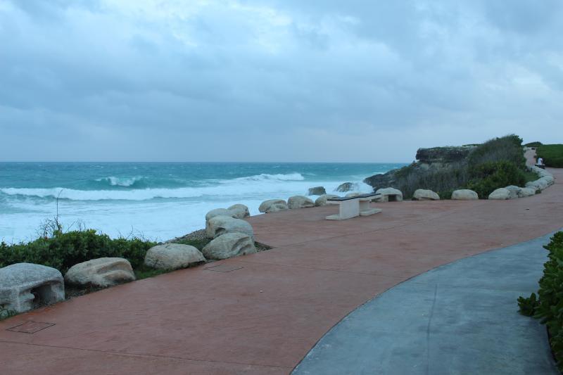 Walking path along the ocean, down the street from Casa Perla