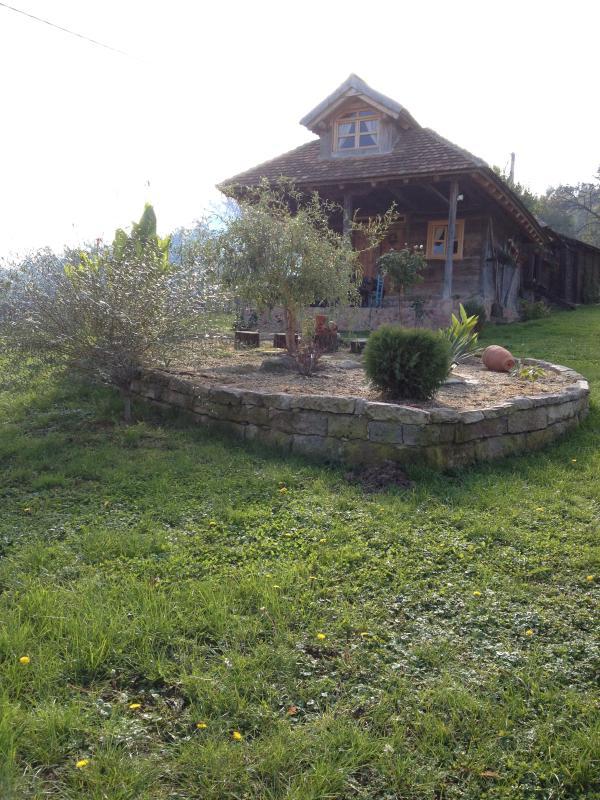 Mazots romantiques en plaine nature, holiday rental in Lazarevac