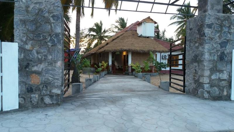 Beach House Resort-Batticaloa, holiday rental in Batticaloa