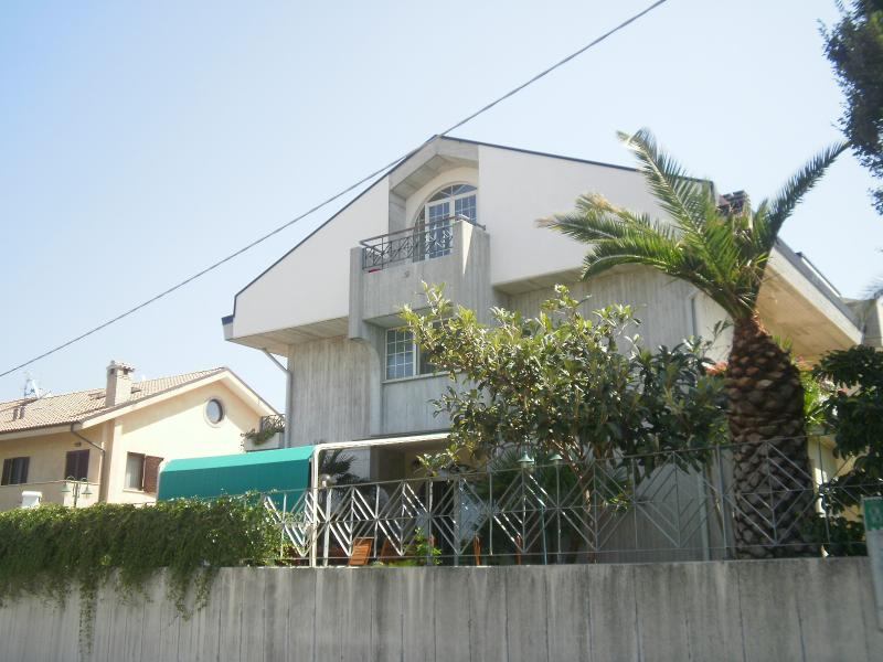 Mansarda, vacation rental in Ortona