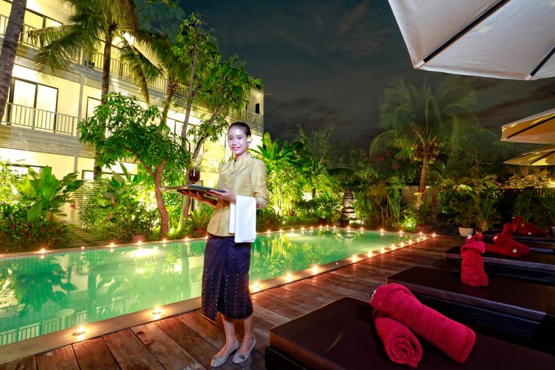Deluxe Double with Balcony Pool View@Ladear Angkor UPDATED