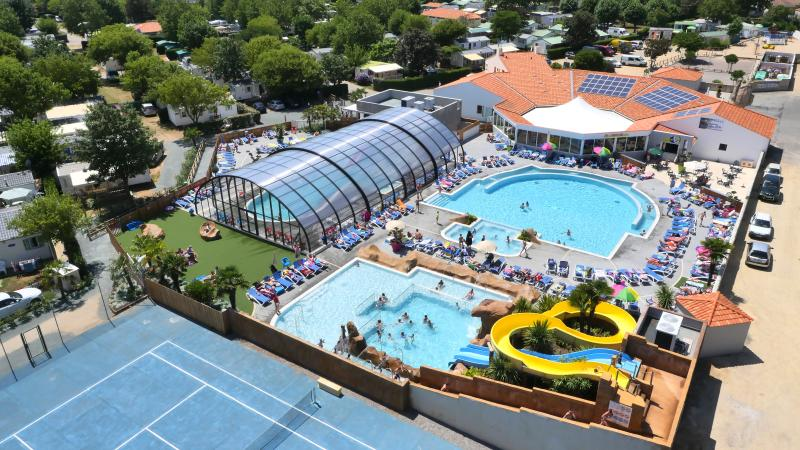 Overview of pool complex