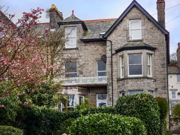 1 Flaxford House, Grange-over-sands, holiday rental in Arnside