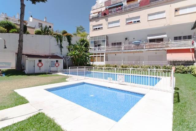 Agradable piscina y Jardín abierta de mitad de Junio a mitad de Septiembre.