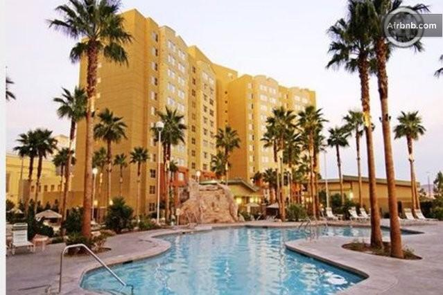 Grandview at Las Vegas: 1-BR, Sleeps 4, Kitchen, vacation rental in Las Vegas