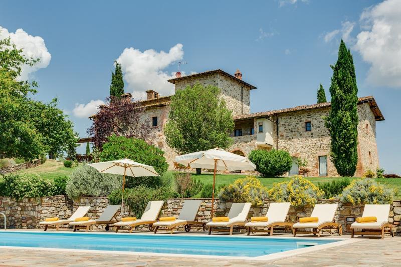 Villa Cipresso, alquiler vacacional en Torre A Castello