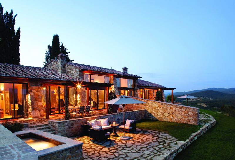 Villas Scuola, holiday rental in Capannino della Suvera