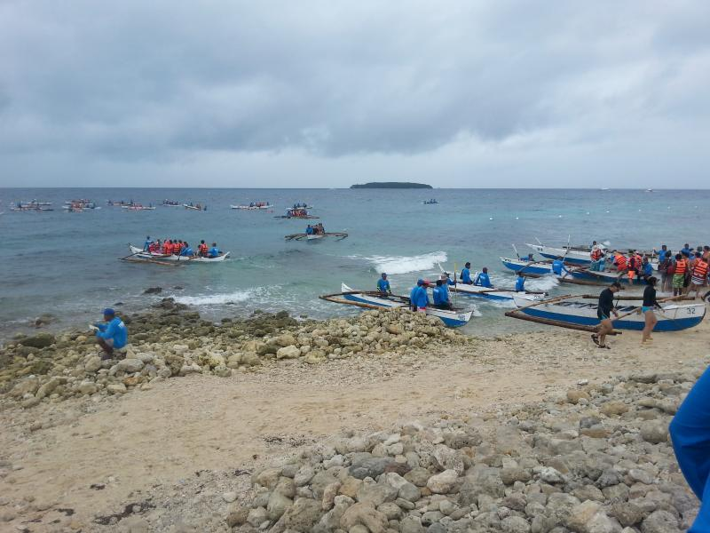 Local boats bring the guests, snorceling/fins renting availlable.