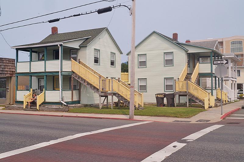 Road,Deck,Porch,Building,High Rise