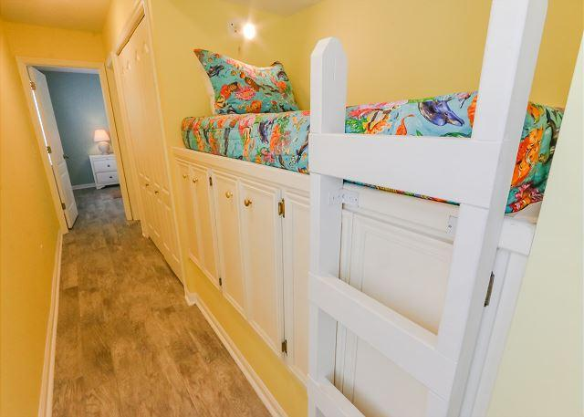Bunk Area with 1 Twin size Bed