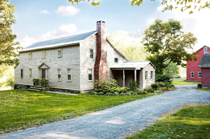 Country estate on 100 acres perfect for families, holiday rental in Chatham