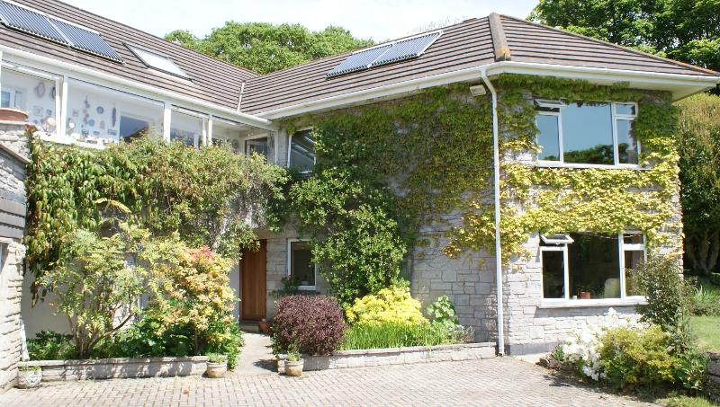 Apartment in the secluded beautiful Valley of Idless close to Truro/Beaches, location de vacances à Trispen