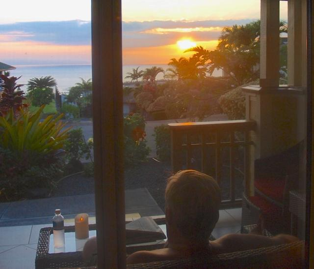 Return home to a lovely sunset view on the ocean from  your lanai
