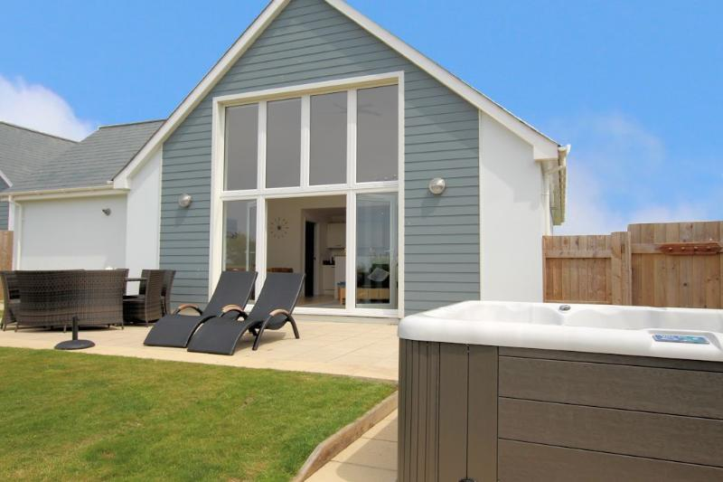 Skylark Woolacombe Holiday Cottages Rear Of Property With Hot Tub