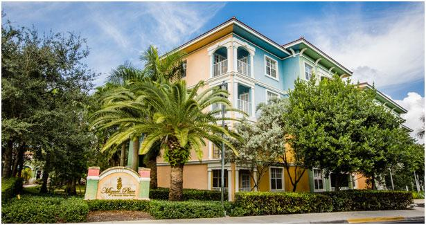 Mizner Place: 1-Bedroom Type B, Sleeps 4,  with Kitchen, holiday rental in Green Meadow